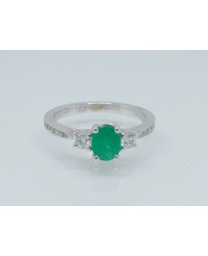 18ct White Gold Emerald &...