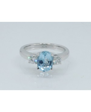 18ct Aquamarine & Diamond 3...
