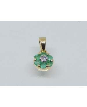 9ct Yellow Gold Emerald &...