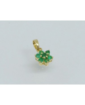9ct Yellow Gold & Emerald 7 Stone Cluster Pendant