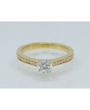 18ct Yellow Gold & Diamond...